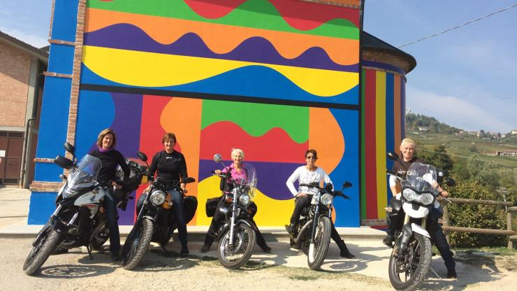 A day in the Langhe by motorcycle just for Girls