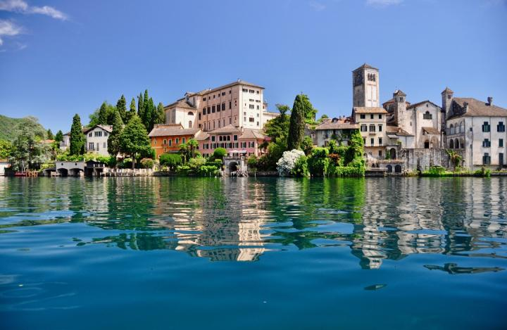 3 Day Lake Orta and Alps Minibus Tour